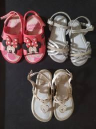 Lote de sandálias menina