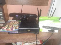 Xbox 360 com controle, kinect e zoom