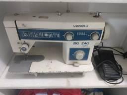 Título do anúncio: Máquina de costura Vigorelli Zig Zag super