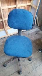 Título do anúncio: Vendo essa cadeira de escritório