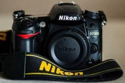 Nikon D7000 com apenas 28.900 clicks por 1.600 reais