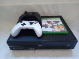 Título do anúncio: Xbox one fat 1tb com dois controles