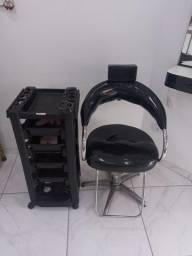 Título do anúncio: Conjunto de lavatório e cadeira giratória de cabeleleiro, e penteadeira com espelho