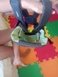 Título do anúncio: Canguru infantil INFANTINO usado