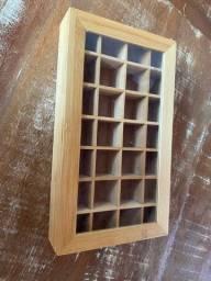 Porta joias de madeira