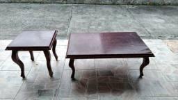 Título do anúncio: Mesas antigas em madeira maciça. Mesa central e mesa lateral