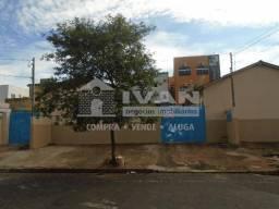 Casa para alugar com 3 dormitórios em Daniel fonseca, Uberlândia cod:594654