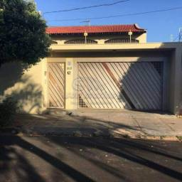 Casa à venda com 3 dormitórios em Santa monica, Jaboticabal cod:V2206