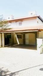 Casa de condomínio à venda com 3 dormitórios cod:V3500