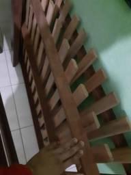 Cama de casal em anchieta de madeira pura 100reais