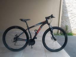 Vendo 02 Bicicletas/Bike Semi Novas (Ambas são Aro 29, Freios a disco)