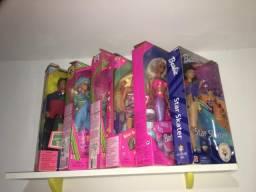 Barbie 42 Barbies