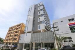 Um dormitório estilo flat no centro de Torres