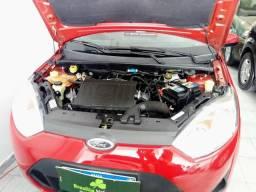 Ford Fiesta Sedan 14/14 - 1.6 - 2014