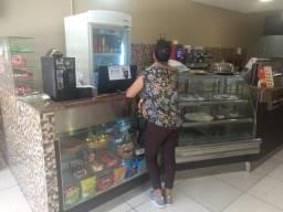 Cafeteria no centro de Americana