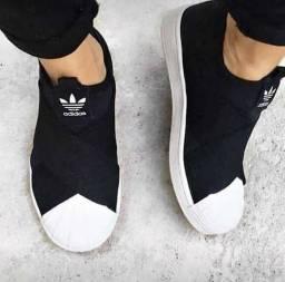 Adidas slip on elástico