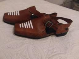 Sandálias de couro legítimo