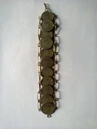 Vende-se pulseira de moedas antigas