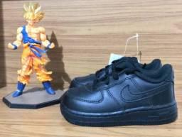 4c3753f46c1 Tênis Nike Air Force 1 Preto Infantil Novo Original Tamanho 20