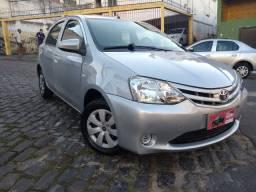 Toyota Etios X 1.3 Completo 2014