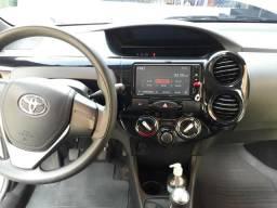 Carro Etios Toyota 1.5 2017 - 2018 - 2017