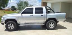 Toyota Hilux 3.0 4x4 SRV diesel 2002 aceito troca - 2002