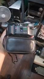 Câmera antiga Yashica.
