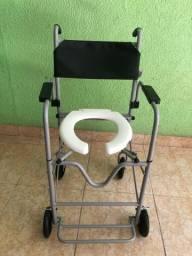 Vendo cadeira de banho dobrável marca Jaguaribe