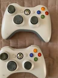 Controle de Xbox 360 + fone