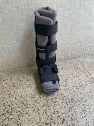 Título do anúncio: Bota ortopédica semi nova