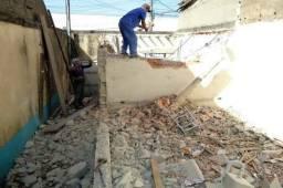 Fazemos serviços de demolição
