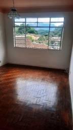 Alugo excelente casa em ótimo ponto na Mosela