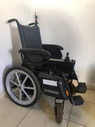 Título do anúncio: Cadeira de rodas motorizada - perfeito estado