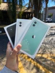 Título do anúncio: ? iPhone 11 varias cores  novos lacrado ( original ) 64gb ////
