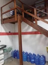 Título do anúncio: Escada madeira com deck