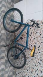 Bike em bom estado. Funcionando tudo.