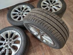 Jogo de rodas com pneus novos do Corolla 2021
