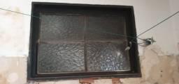 Título do anúncio: Janela / Vitrô Banheiro de ferro e vidro com batente