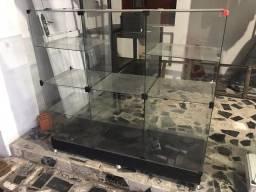 Título do anúncio: Vitrine de vidro