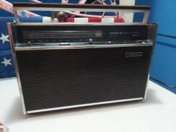 Título do anúncio: Rádio antigo philco transglobe