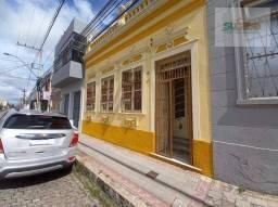 Casa com 3 dormitórios para alugar, 184 m² por R$ 2.600,00/mês - Centro - Pelotas/RS
