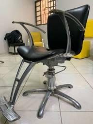 Título do anúncio: Cadeira cabeleireiro Dompel