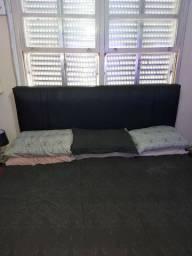 cabeceira de cama preta
