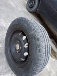 Título do anúncio: Roda aro 13 com pneu