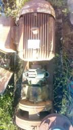 Motor 10 CV monofásico  220v com bomba.