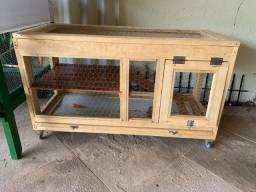 Título do anúncio: Vendo viveiro / gaiola para roedores em madeira + tela aramada