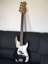 Título do anúncio: Baixo Squier Fender