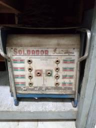 Máquina de solda elétrica profissional 250 Amp voltagem  220 volts