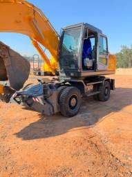 Escavadeira Hidráulica de Pneus Hyundai R200W-7 ano 2010