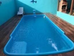 Casa c / piscina 4 casa a pé p/praia de figueira arraial do cabo bem no centro de Figueira